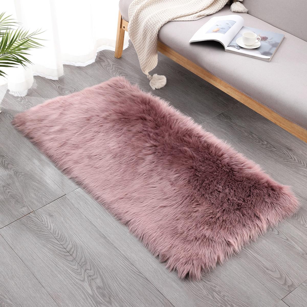 1 Stück einfarbiger Plüsch Teppich
