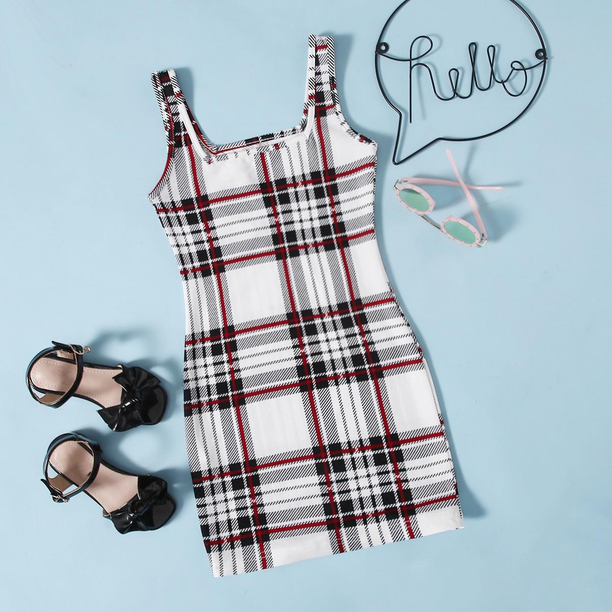 Ärmelloses Kleid mit Karo Muster