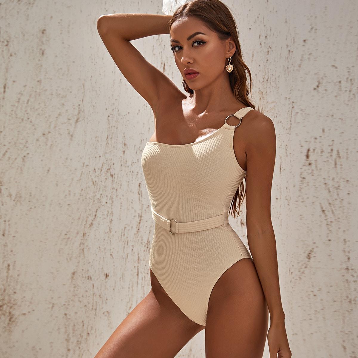 Badeanzug mit Ring Bindung und Gürtel