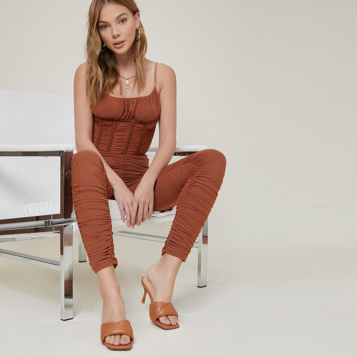 Пышные кожаные туфли на шпильке с открытым носком от SHEIN