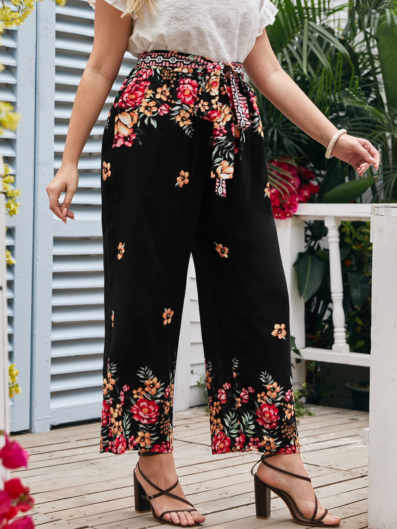 Plus Floral Belted Pants