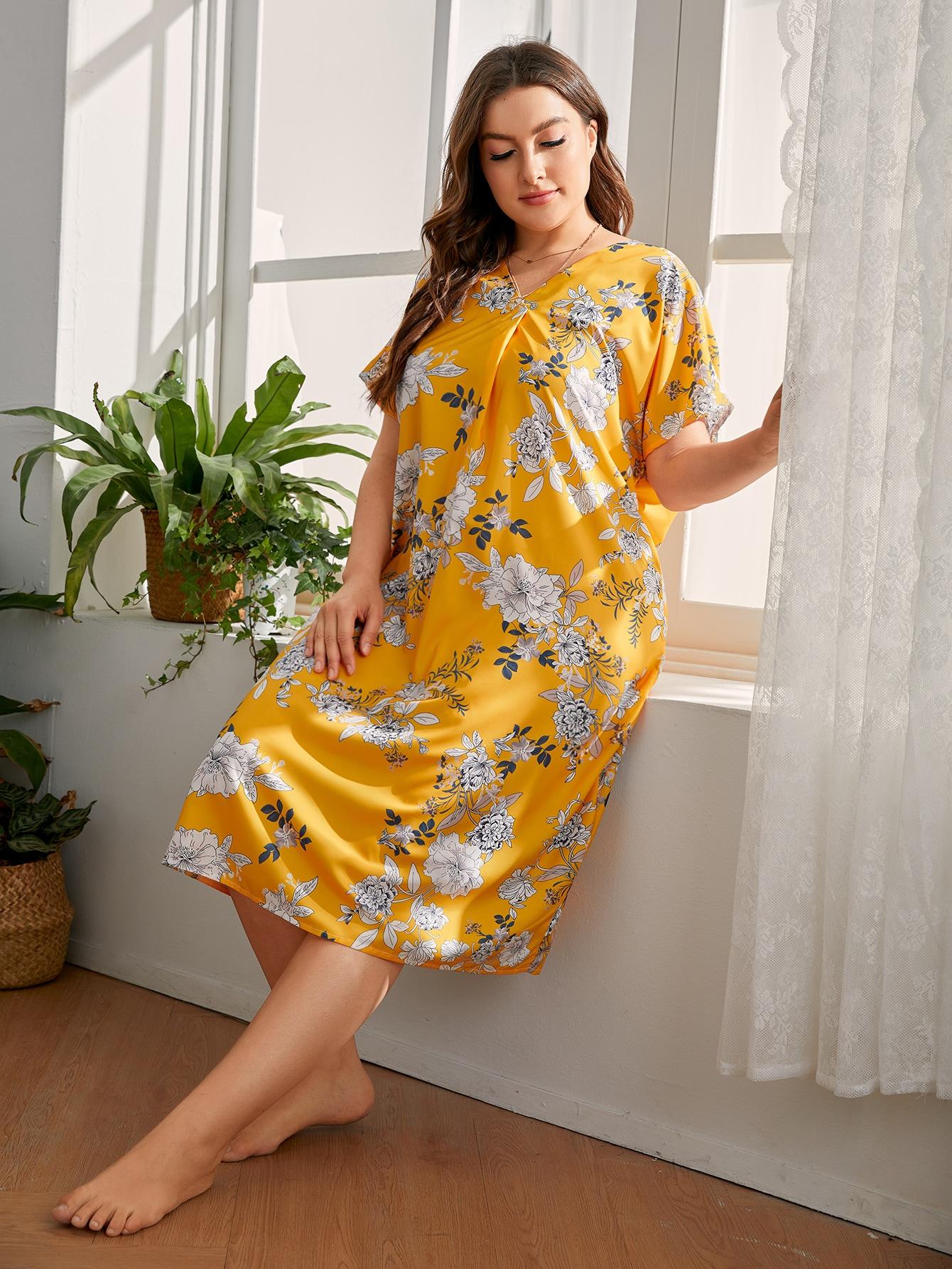 Plus Floral Print V-Neck Nightdress