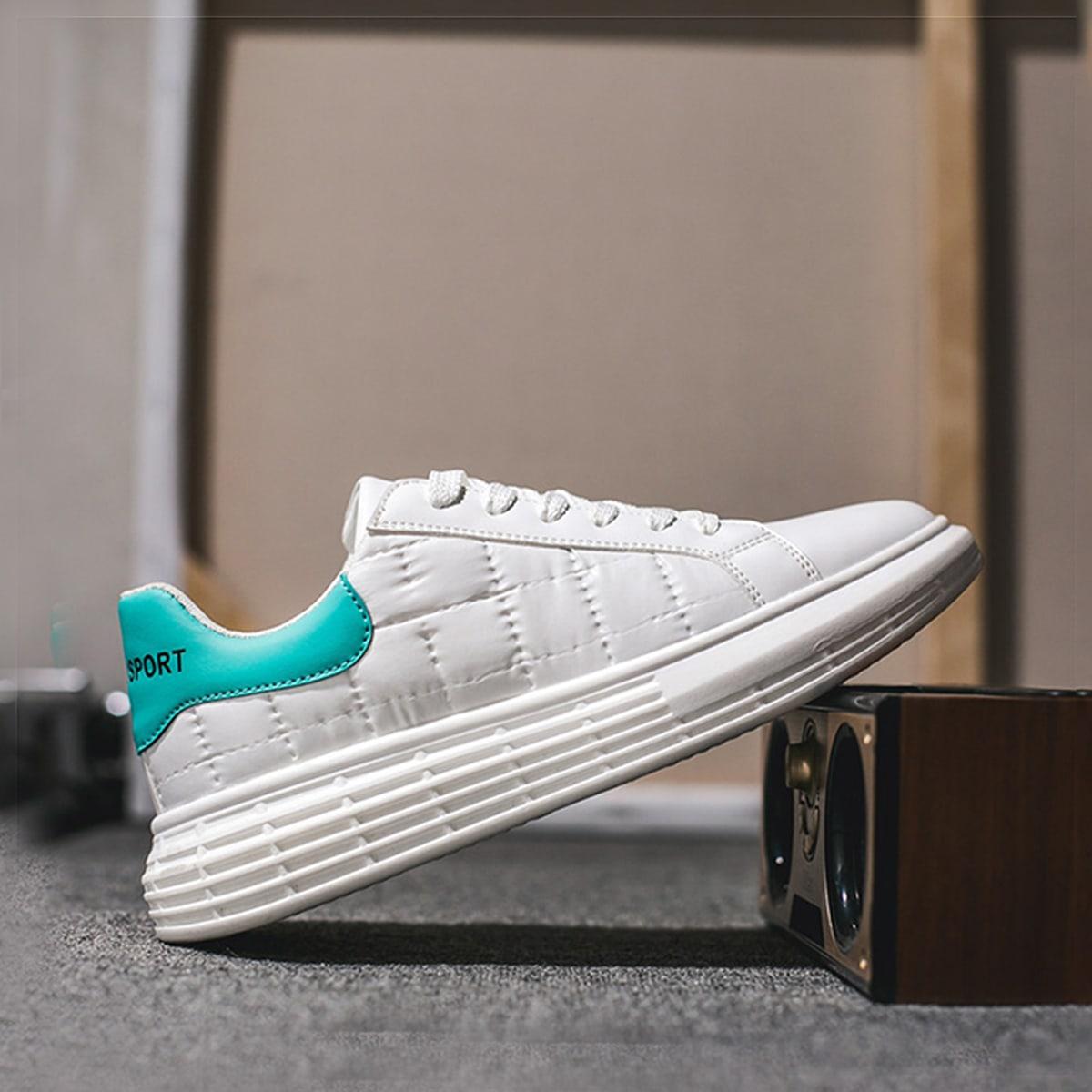 SHEIN Tweekleurige gewatteerde skateschoenen voor heren