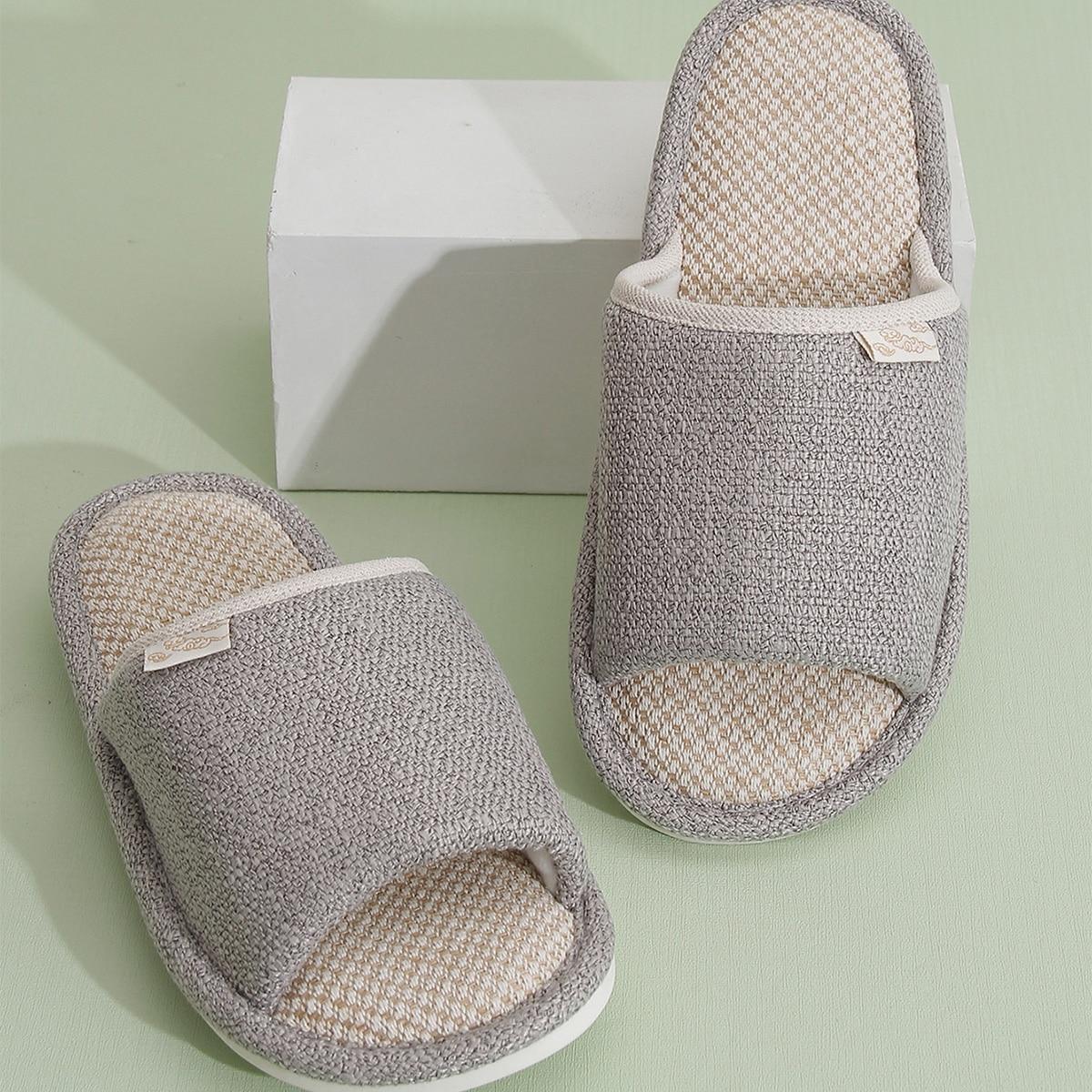 Минималистичные мужские тапочки для спальни от SHEIN