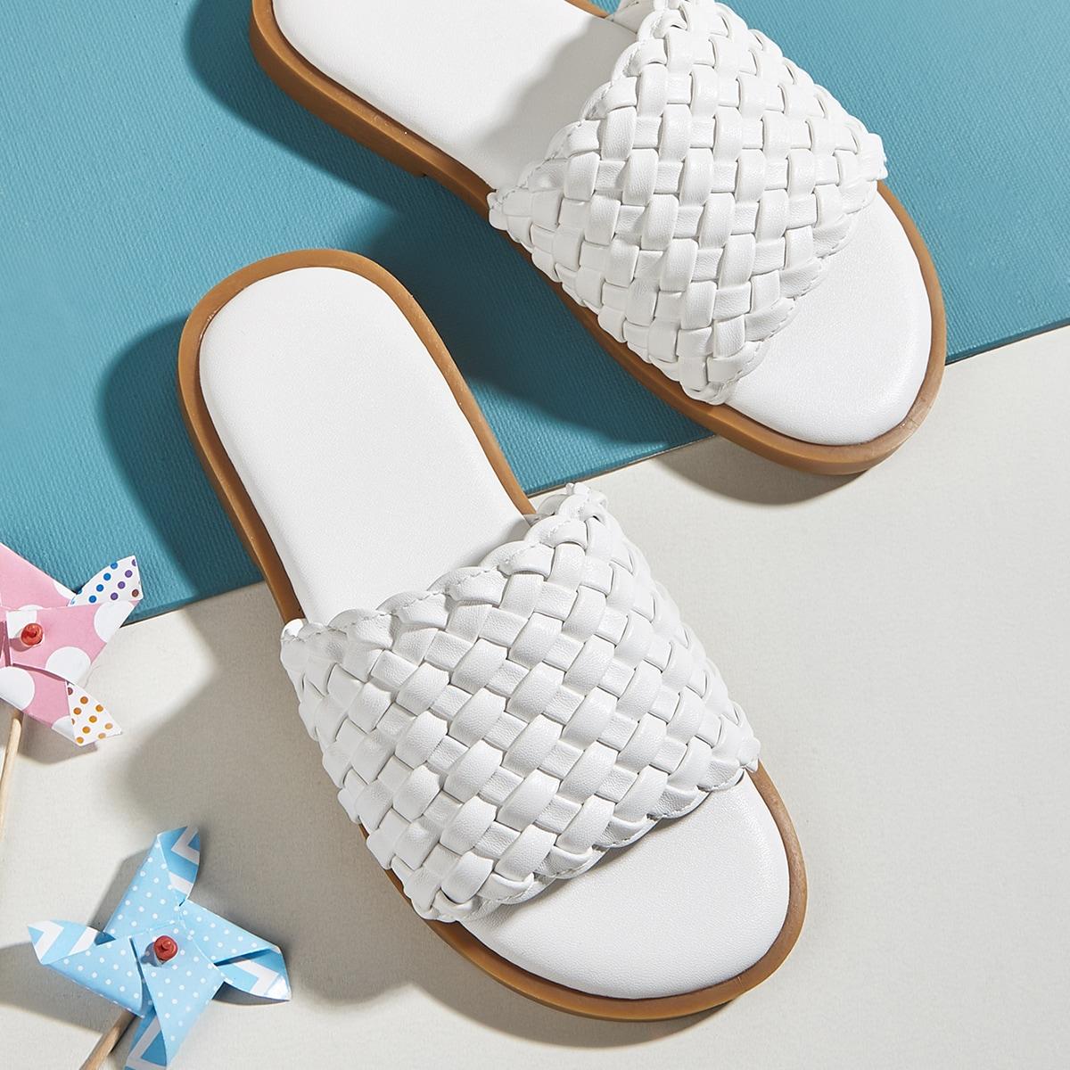 Плетеные шлепанцы для девочек от SHEIN