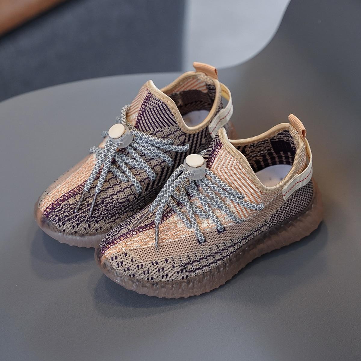 Беговая обувь для мальчиков на шнурке от SHEIN