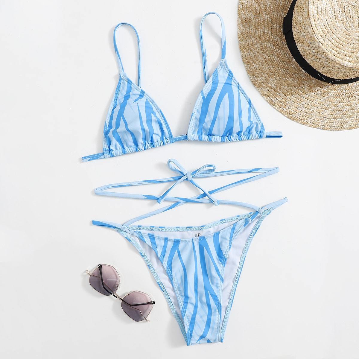 Costume da bagno bikini e perizoma a triangolo