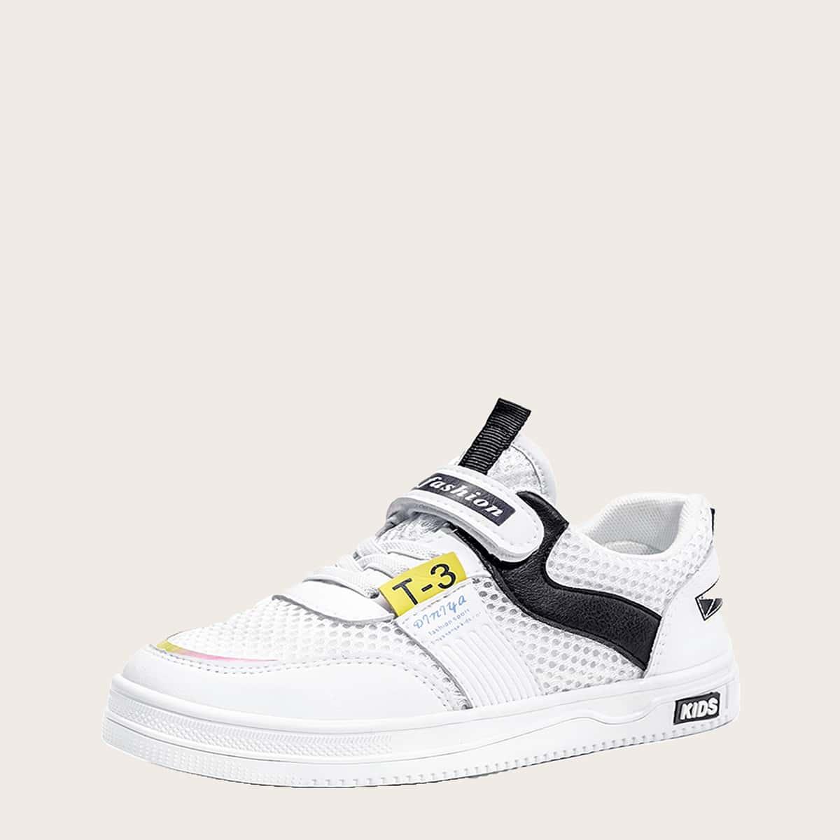 Оригинальная обувь для мальчиков от SHEIN