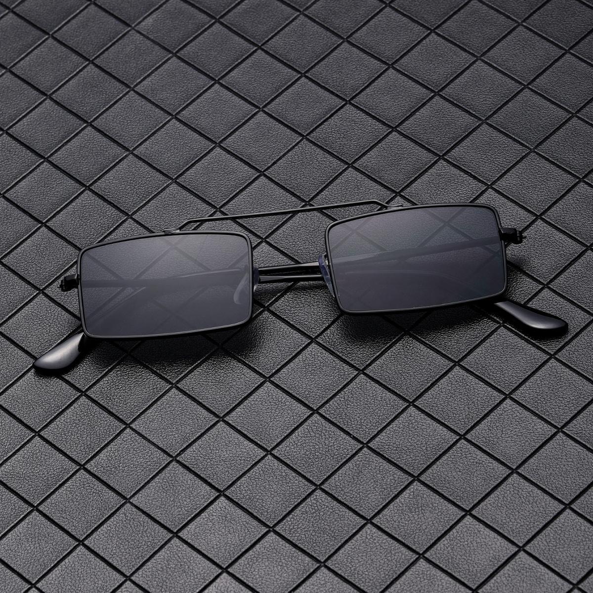 Gafas de sol con montura metálica para hombre
