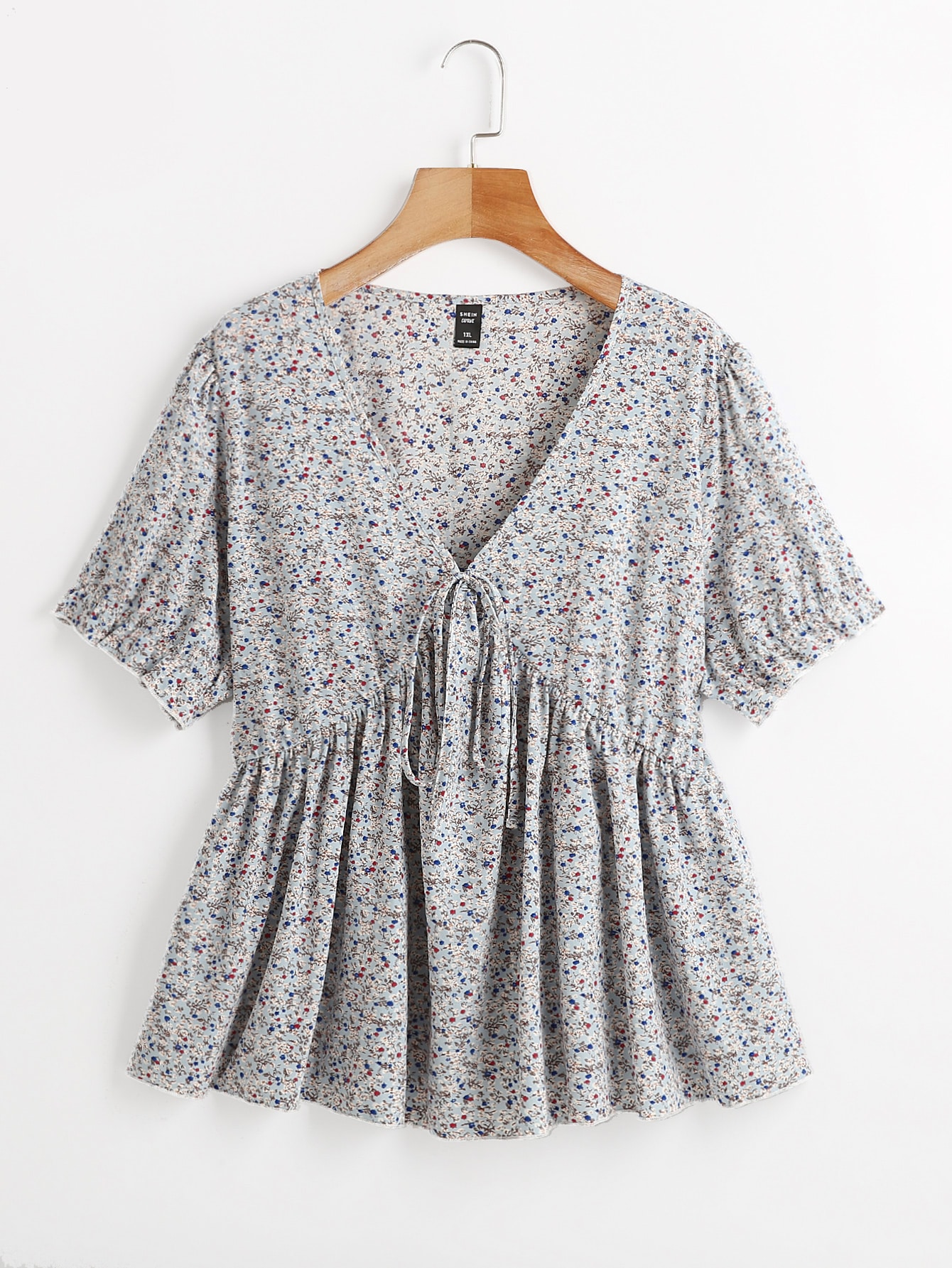 Plus Ditsy Floral Knot Front Ruffle Hem Blouse