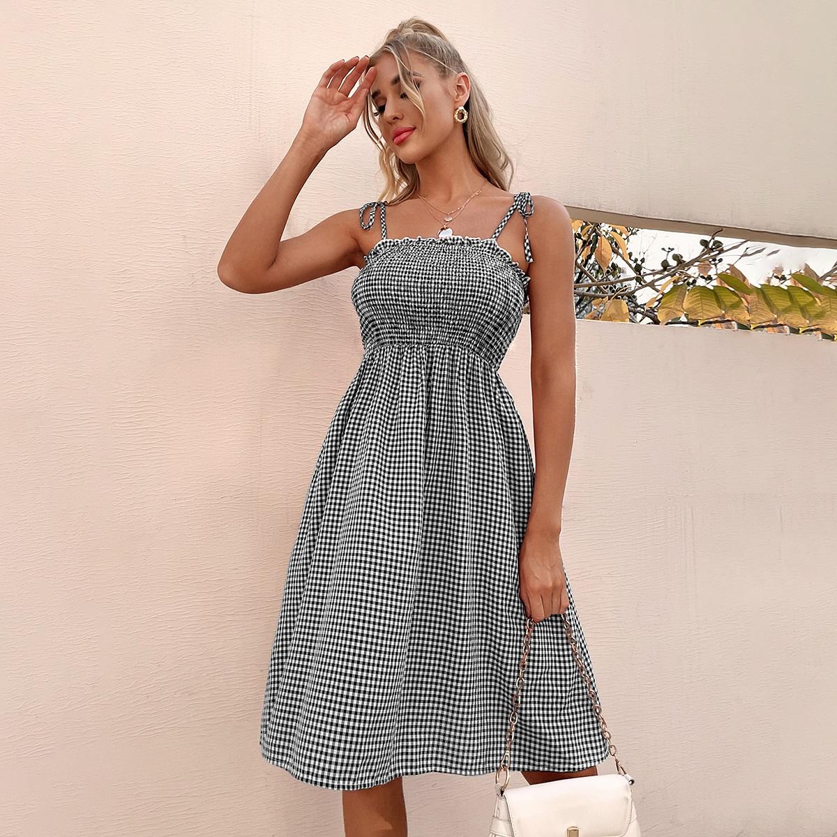 Платье на бретелях в клетку на бретелях с узлом SheIn swdress25210416772