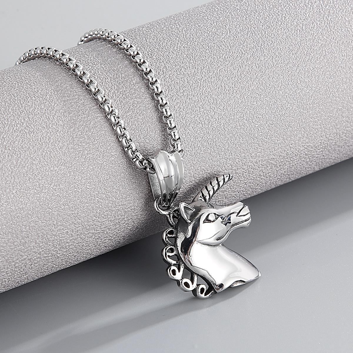 Ожерелье с подвеской единорога для мужчин