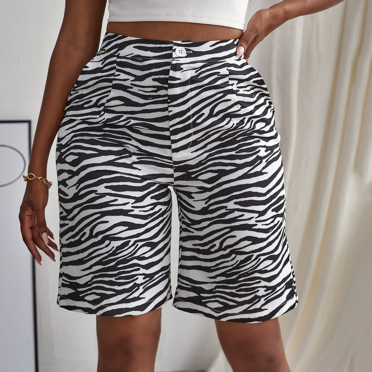 Fold Pleated Zebra Striped Shorts
