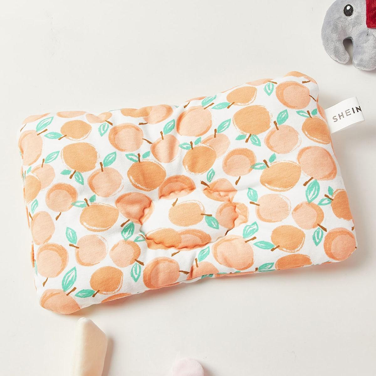 Детская подушка с фруктовым принтом