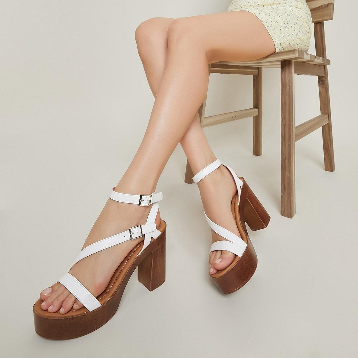 Кожаные туфли на платформе с ремешком на щиколотке от SHEIN