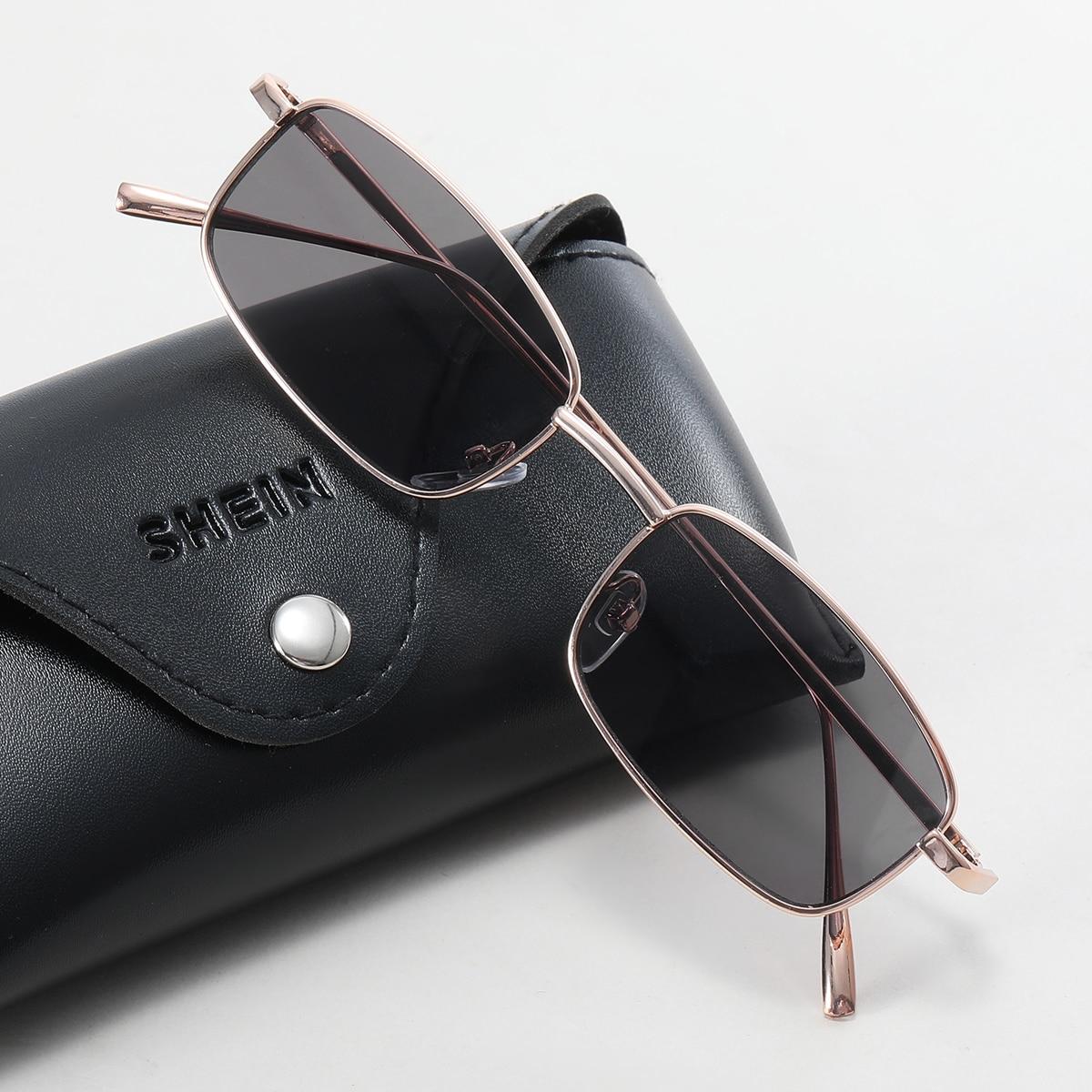 Мужские солнцезащитные очки в металлической оправе