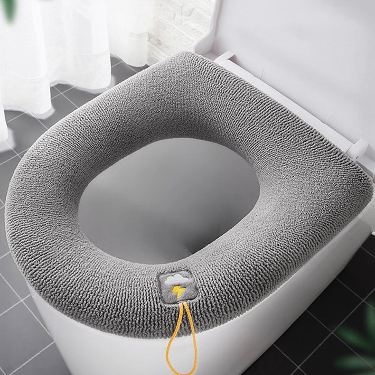 Подушка для сиденья унитаза с вышивкой