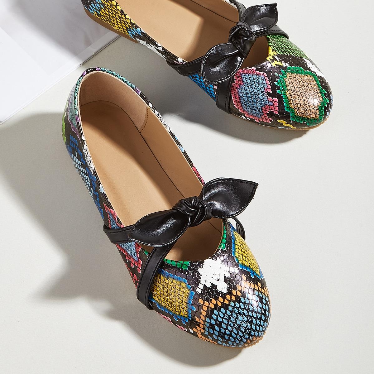 Туфли на плоской подошве со змеиным принтом и бантом для девочек от SHEIN