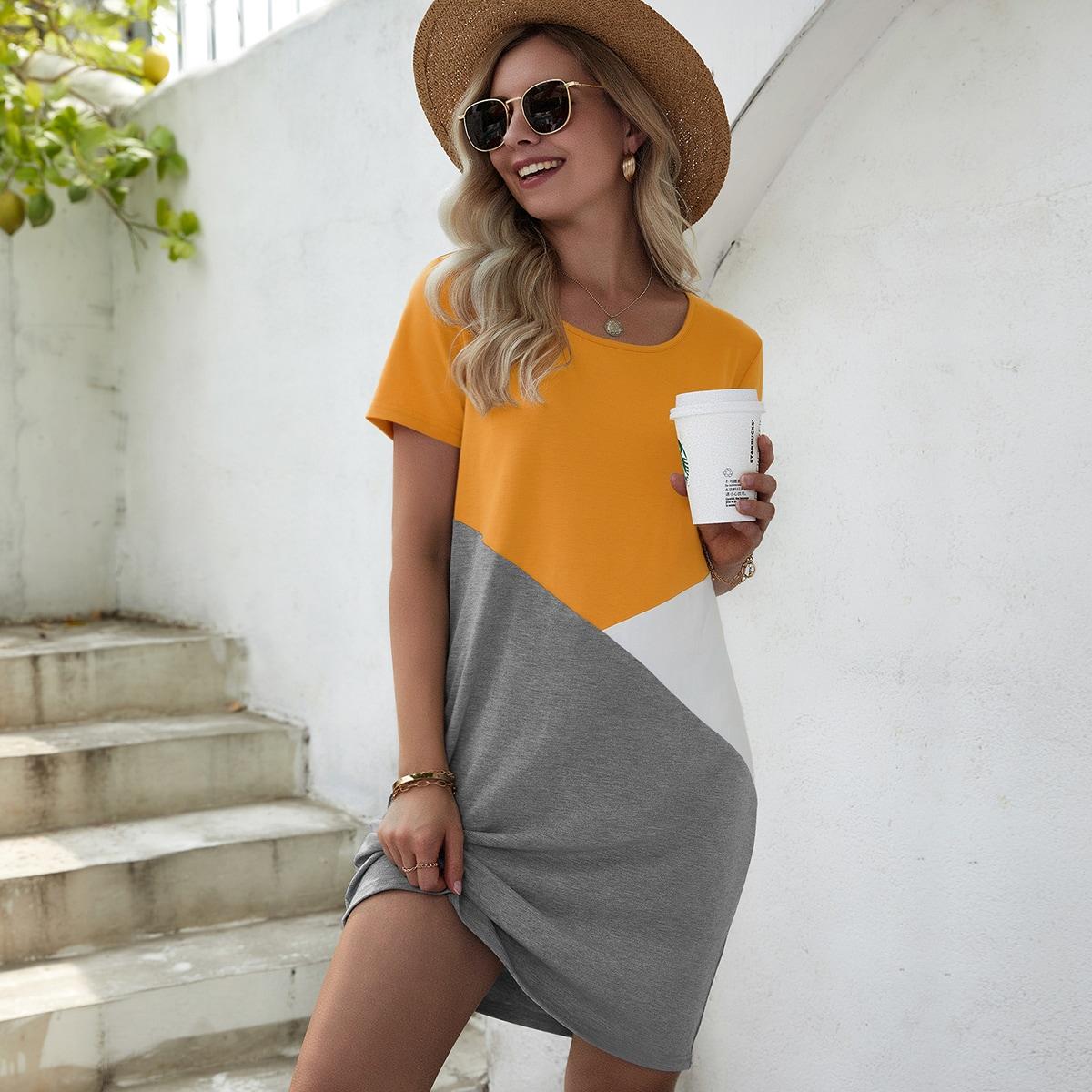 Платье-футболка комбинированным принтом SheIn swdress23210325602