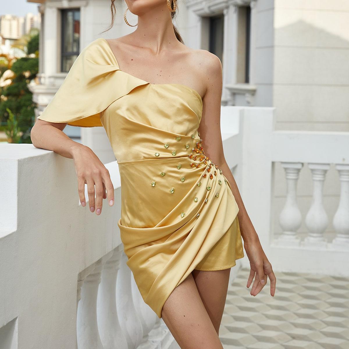 Платье на одно плечо со стразами запахом со сборками SheIn swdress07210403247