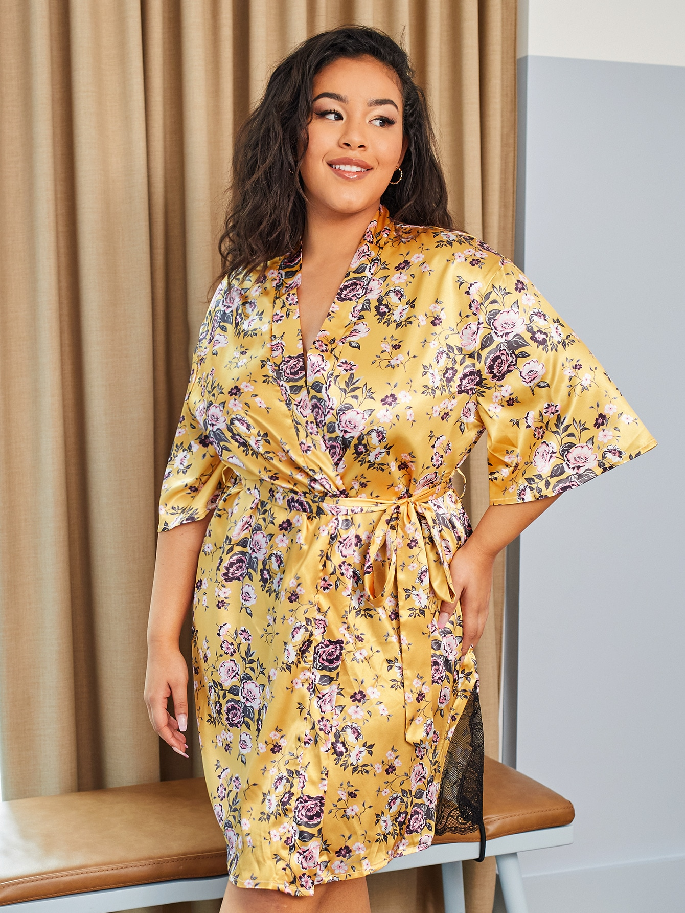 Plus Floral Print Satin Belted Robe
