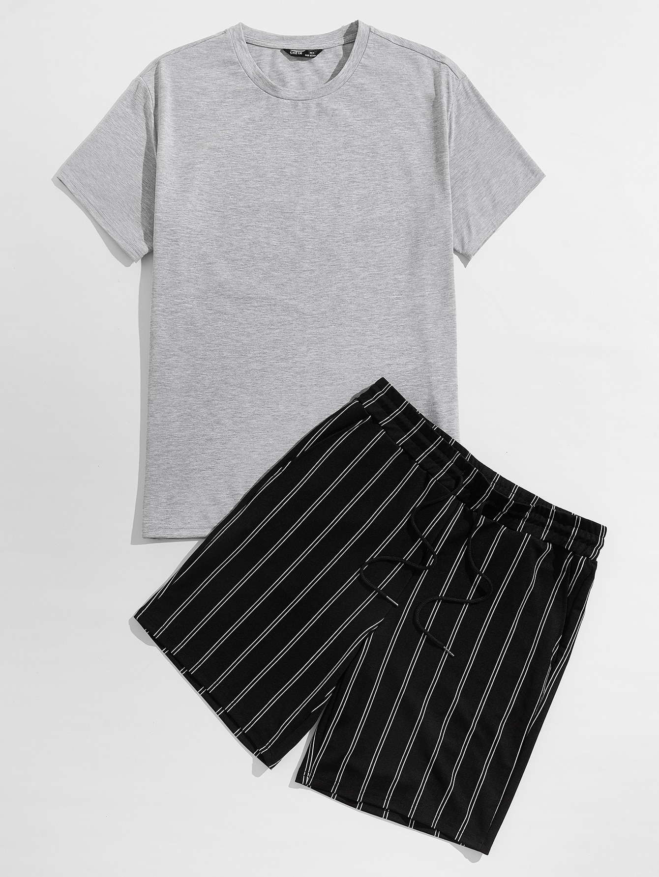 men solid top & drawstring waist striped shorts set