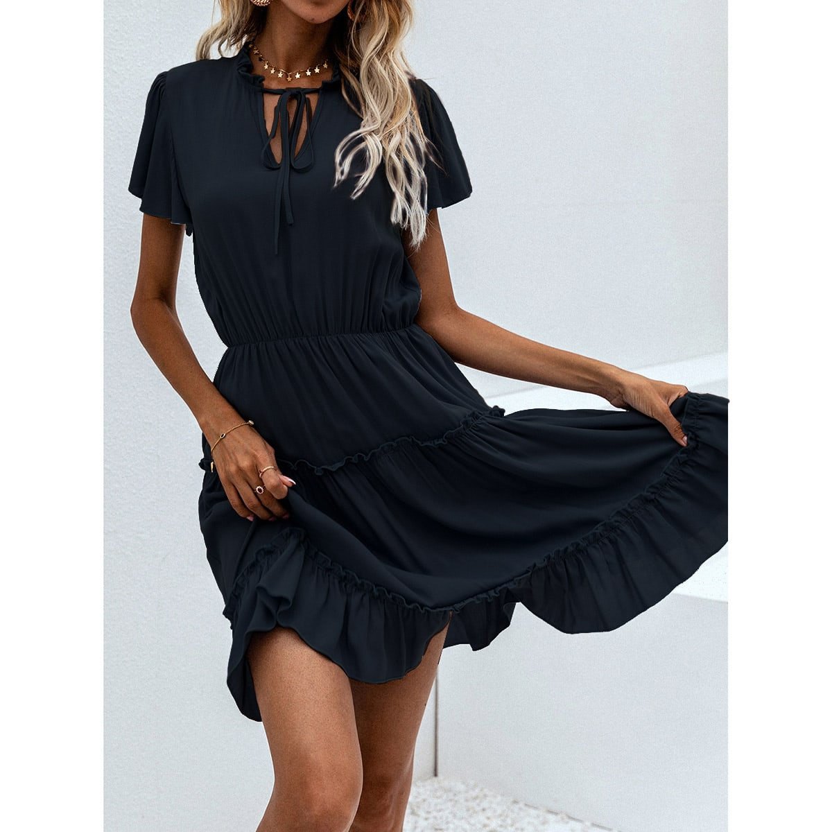 Платье с воротником-бантом SheIn swdress23210425274