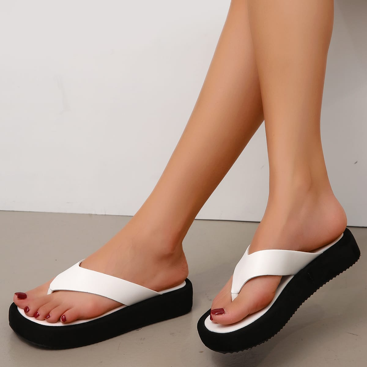 Вьетнамки минималистичный SheIn swshoes25210519938