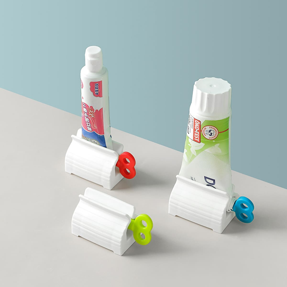 2pcs Random Color Toothpaste Squeezer