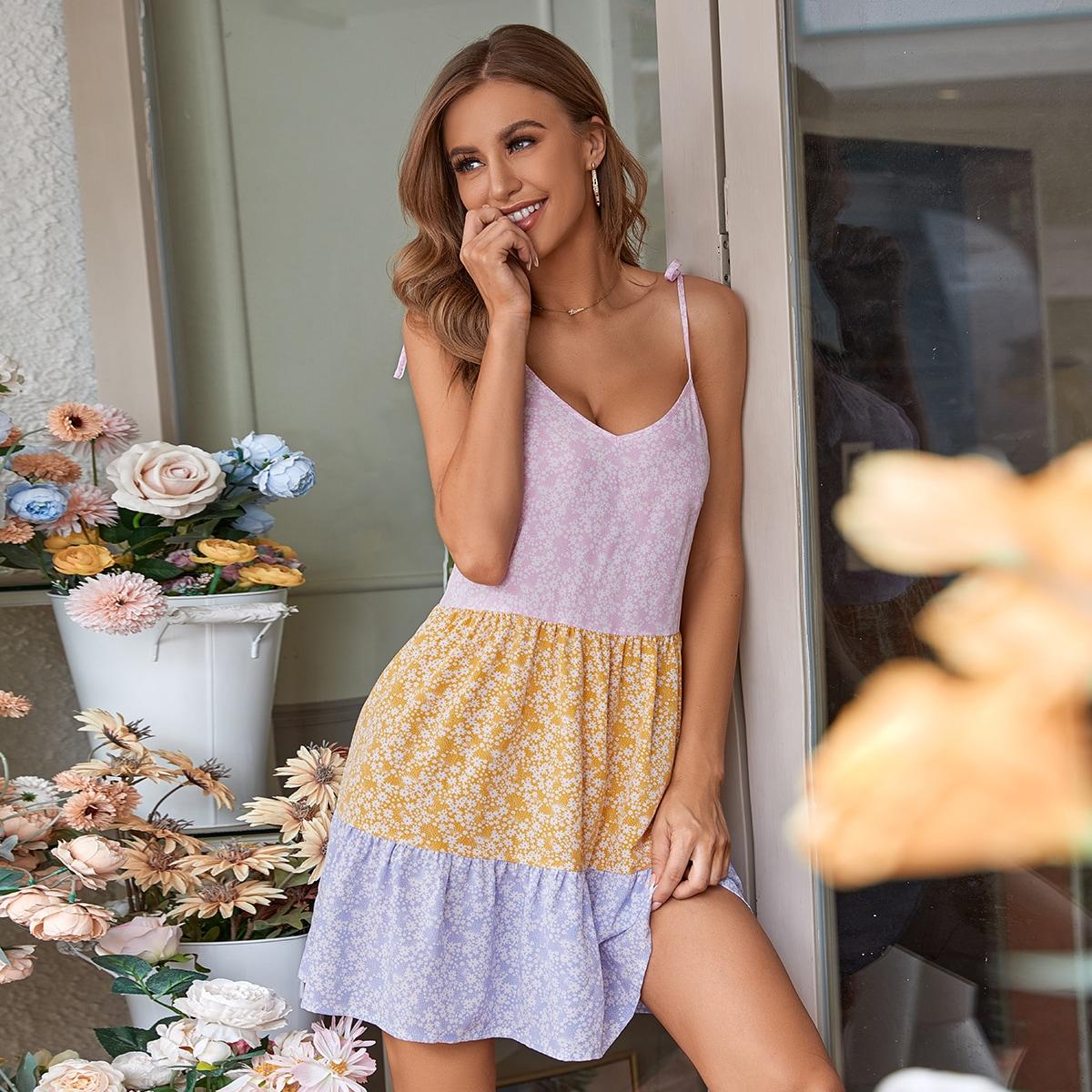 Платье на бретелях с цветочным принтом комбинированным принтом SheIn swdress23210508605