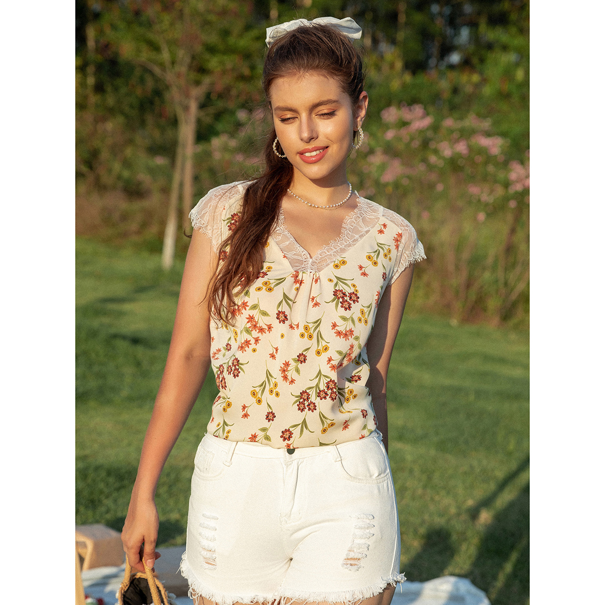 Блузка с цветочным кружевом SheIn swblouse23210407992