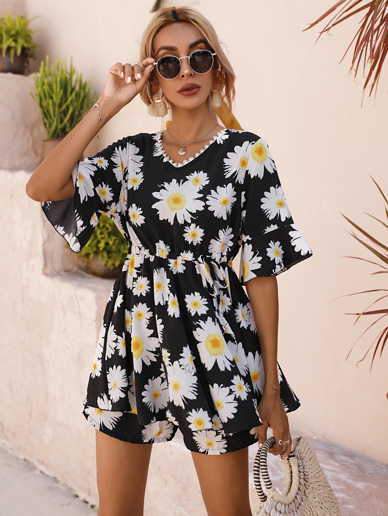 Allover Floral Print Drawstring Waist Blouse & Shorts