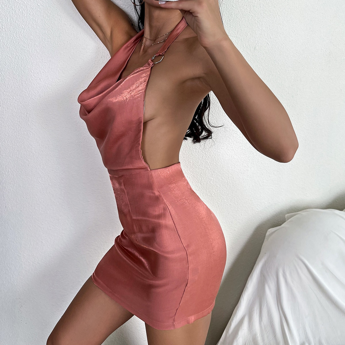 Платье на бретелях SheIn swdress25210412898