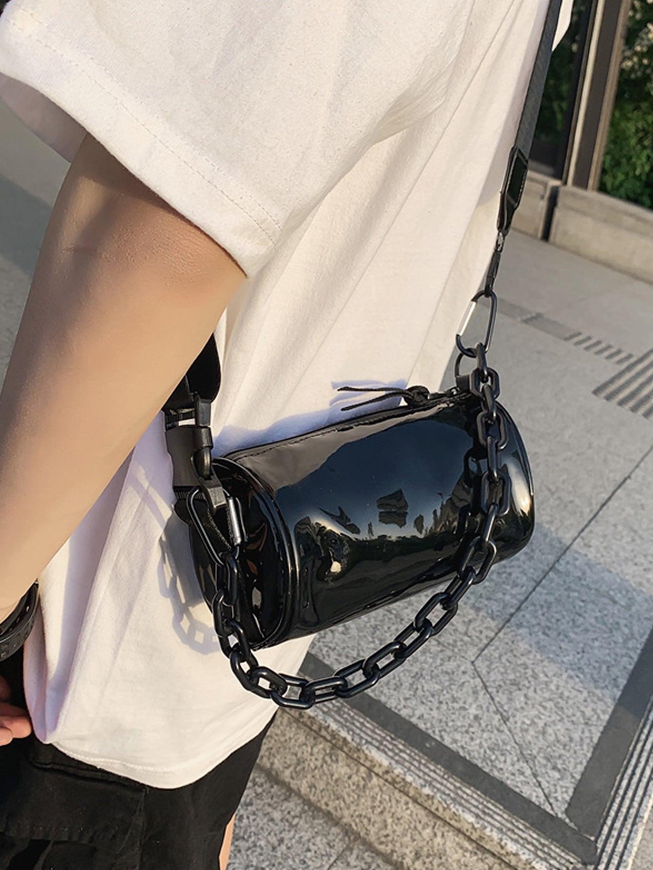 men chain decor crossbody bag