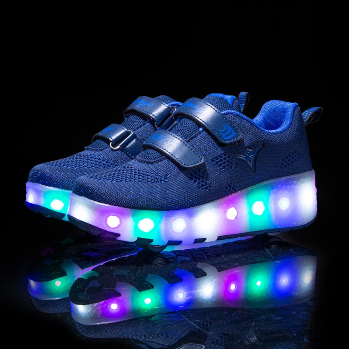 Туфли на роликах с зарядкой USB для мальчиков от SHEIN