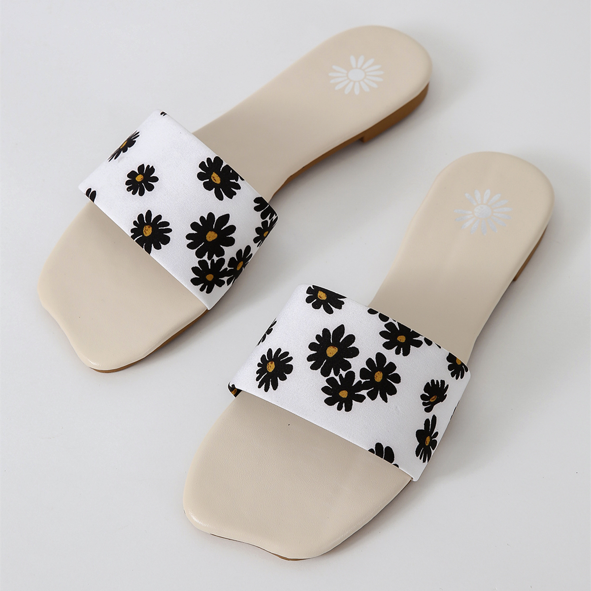 SHEIN Bloemen Sandalen
