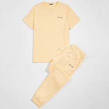 Guys Letter Graphic Tee & Sweatpants Set