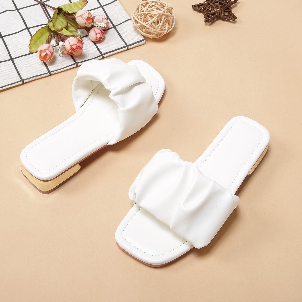 Минималистичные шлепанцы для девочек со сборками от SHEIN
