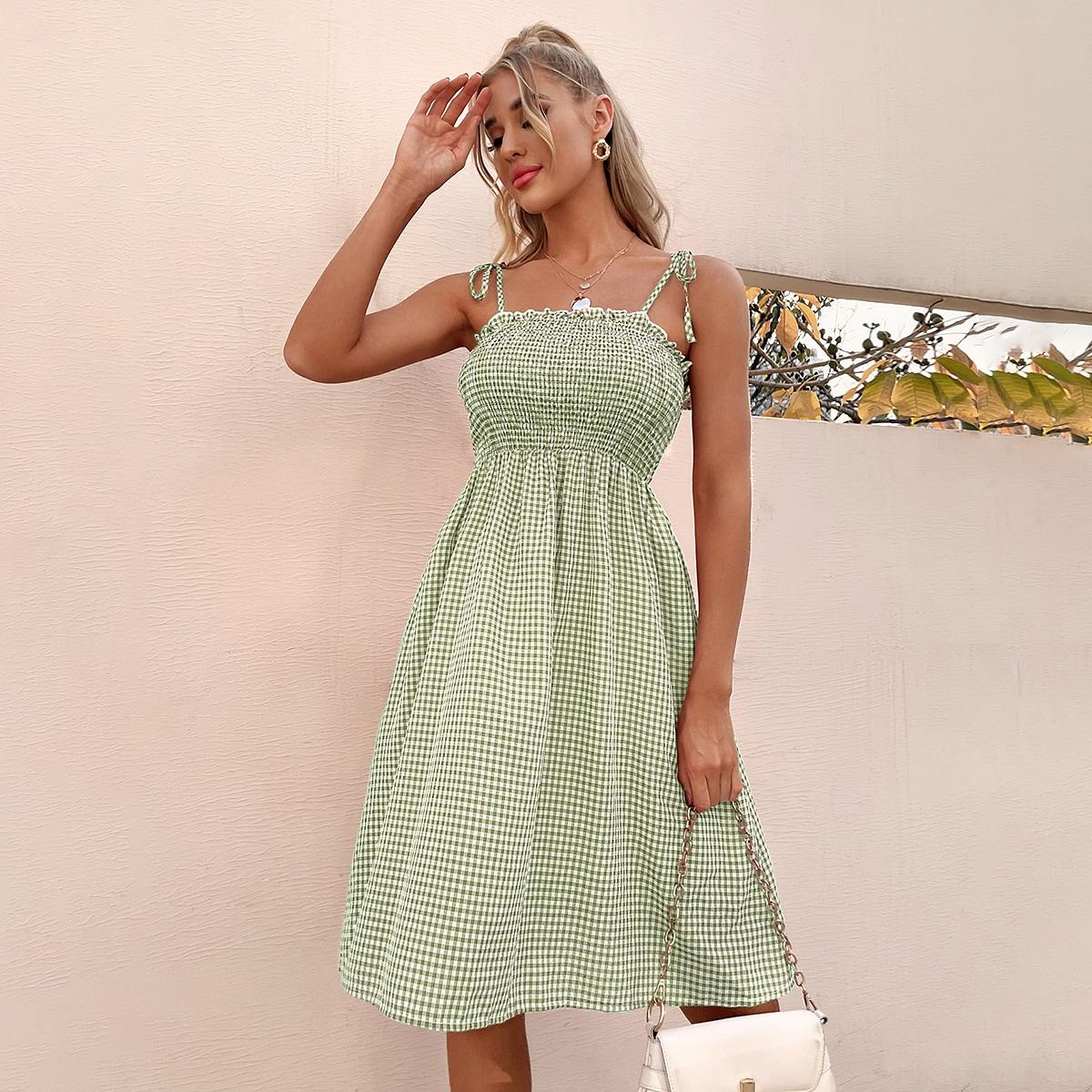 Платье на бретелях в клетку на бретелях с узлом SheIn swdress25210416595