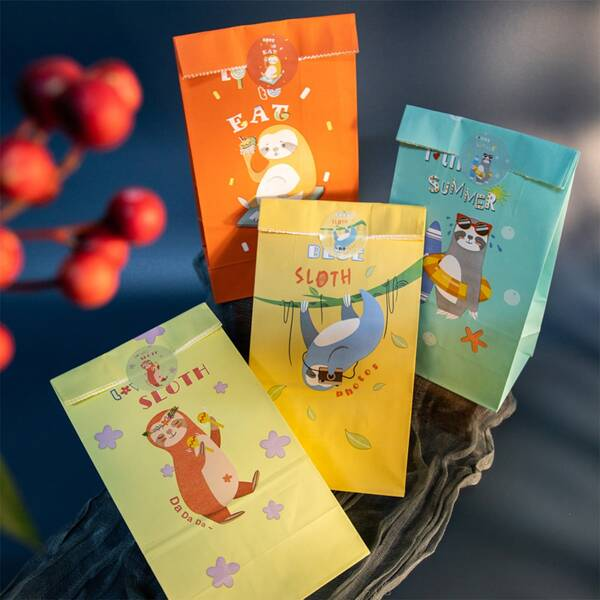 12pcs Cartoon Graphic Gift Bag With Sticker, Multicolor
