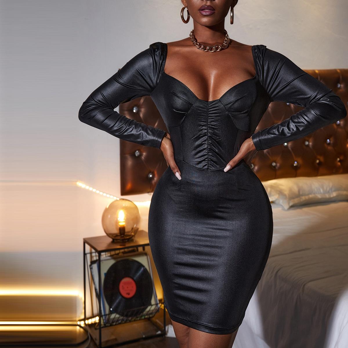Облегающее платье с глубоким декольте SheIn swdress25210610496