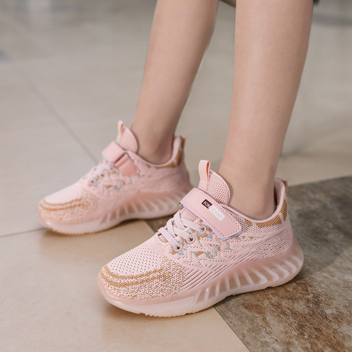 Кроссовки на липучке для девочек SheIn skshoes25210617094