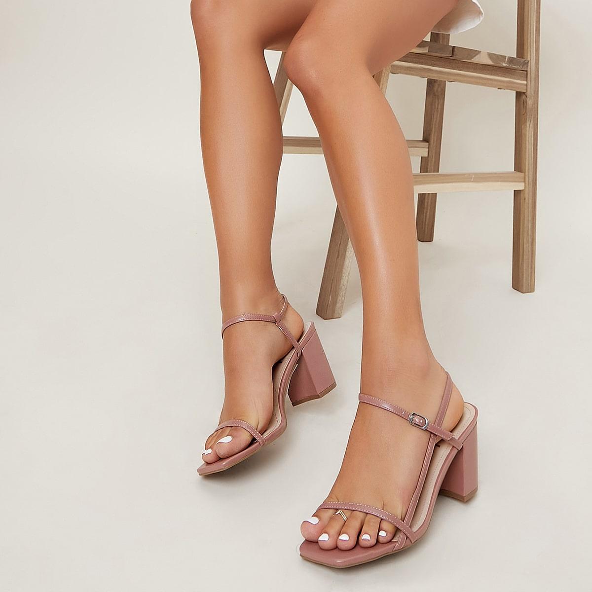 Кожаные туфли на каблуке с открытым носком от SHEIN