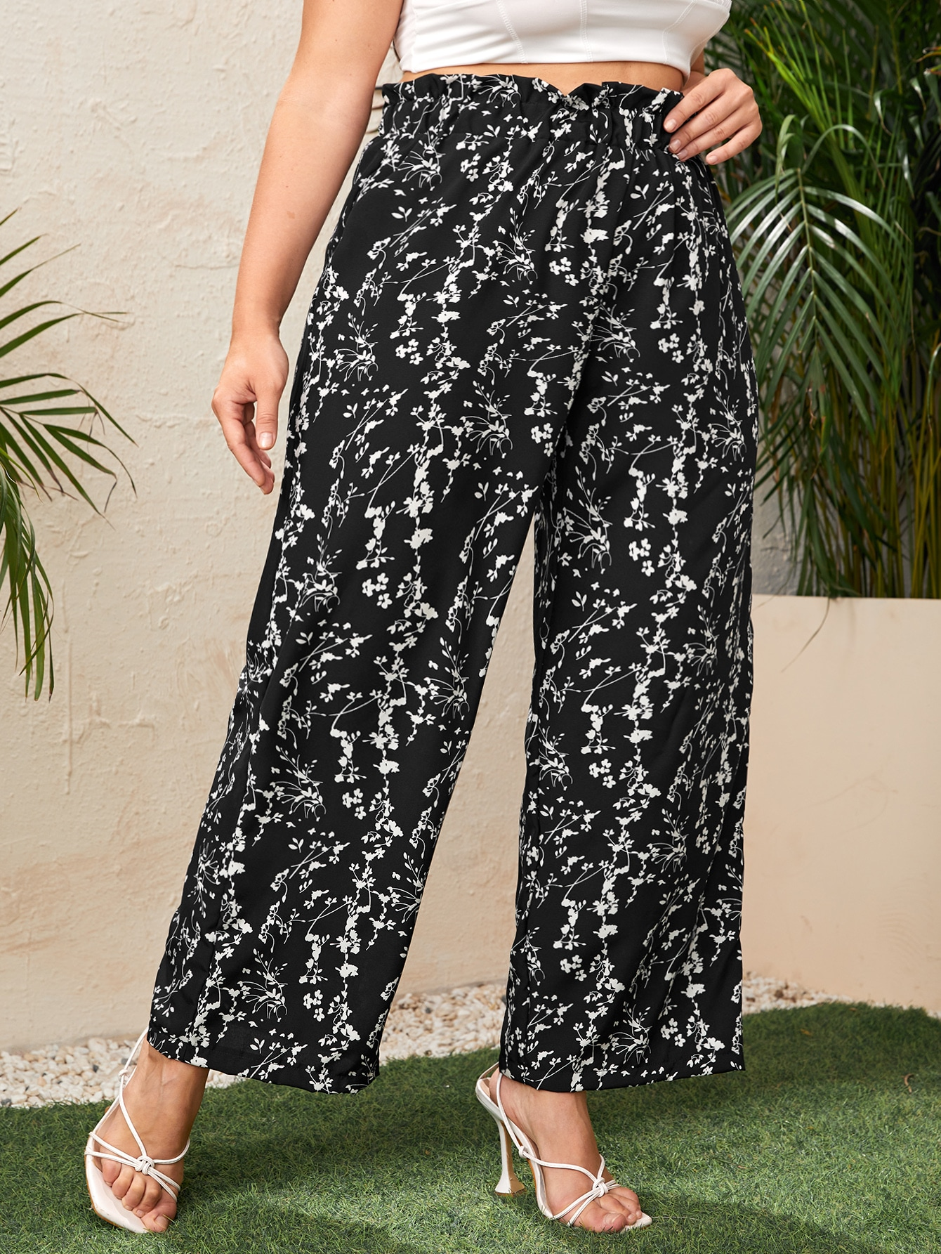 Plus Floral Print Wide Leg Paperbag Pants