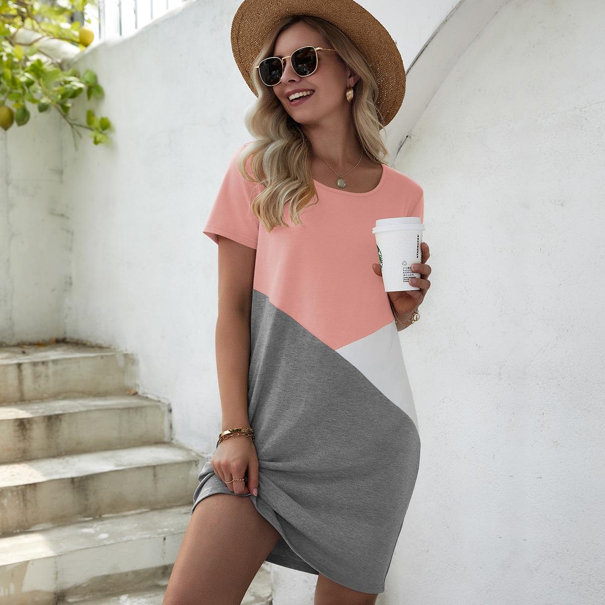 Платье-футболка комбинированным принтом SheIn swdress23210609393