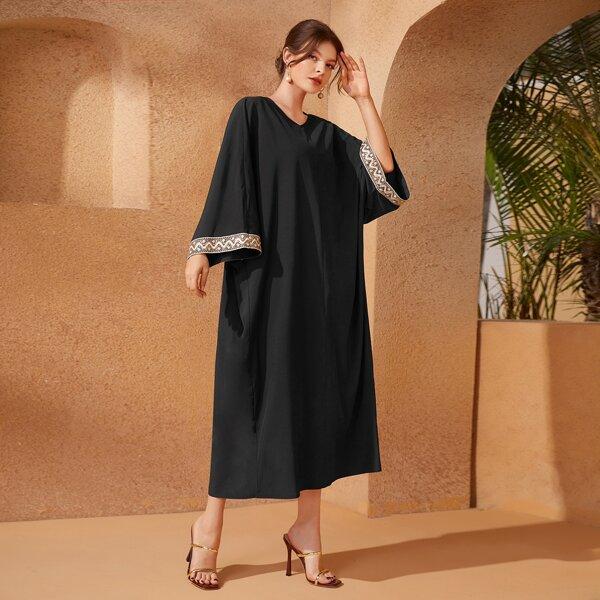 Batwing Sleeve Sequin Decor Contrast Trim Kaftan Dress, Black