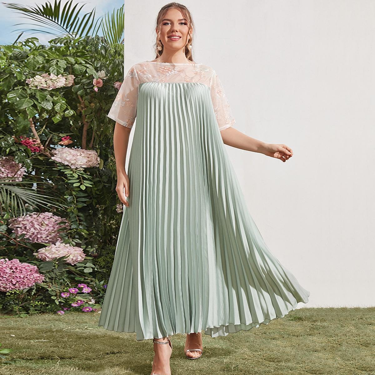 размера плюс Платье вышивкой хомут плиссированное