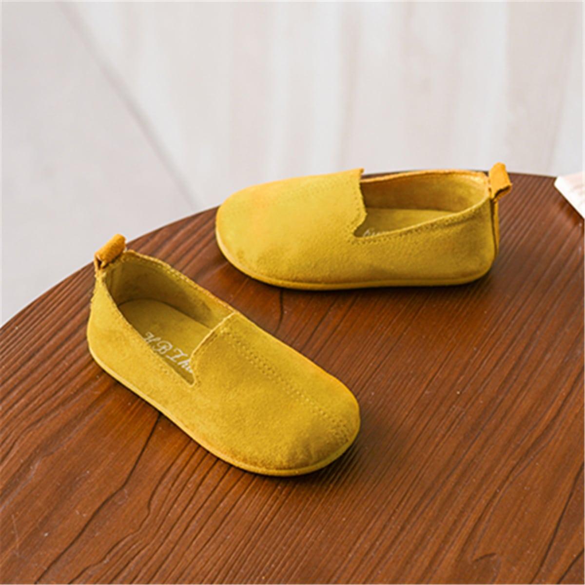 Минималистичные туфли на плоской подошве для девочек от SHEIN