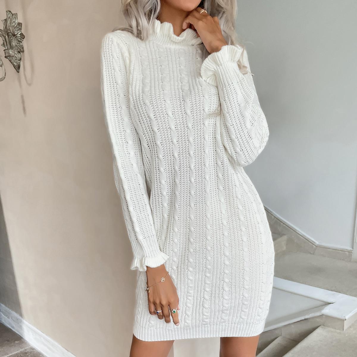 Вязаное вязаное платье-свитер с оборками