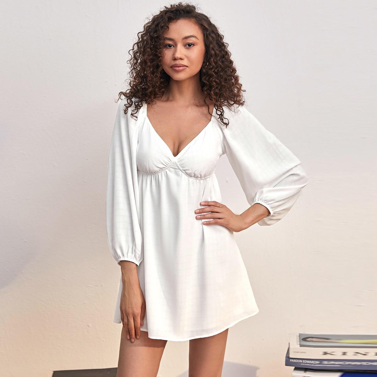 Платье с глубоким декольте SheIn swdress25210604788